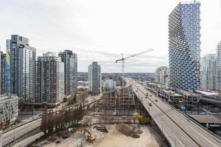 """Photo 5: 1310 1325 ROLSTON Street in Vancouver: Downtown VW Condo for sale in """"The Rolston"""" (Vancouver West)  : MLS®# R2417255"""