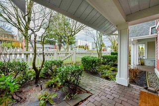 """Photo 3: 25 188 SIXTH Street in New Westminster: Uptown NW Townhouse for sale in """"Royal City Terrace"""" : MLS®# R2431620"""