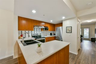 """Photo 7: 25 188 SIXTH Street in New Westminster: Uptown NW Townhouse for sale in """"Royal City Terrace"""" : MLS®# R2431620"""