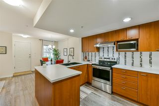 """Photo 8: 25 188 SIXTH Street in New Westminster: Uptown NW Townhouse for sale in """"Royal City Terrace"""" : MLS®# R2431620"""