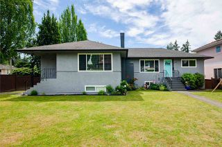 Main Photo: 6976 WINCH Street in Burnaby: Sperling-Duthie House for sale (Burnaby North)  : MLS®# R2481241