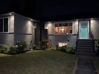 Photo 2: 6976 WINCH Street in Burnaby: Sperling-Duthie House for sale (Burnaby North)  : MLS®# R2481241