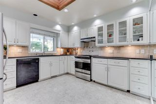 """Photo 2: 4652 WESLEY Drive in Delta: English Bluff House for sale in """"THE VILLAGE"""" (Tsawwassen)  : MLS®# R2495392"""