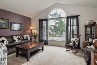 Photo 2: 26625 28A Avenue in Langley: Aldergrove Langley House for sale : MLS®# R2500058