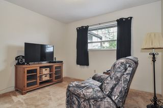 Photo 13: 26625 28A Avenue in Langley: Aldergrove Langley House for sale : MLS®# R2500058