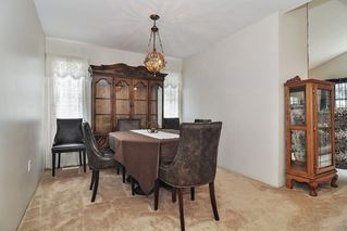 Photo 5: 26625 28A Avenue in Langley: Aldergrove Langley House for sale : MLS®# R2500058