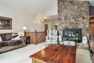 Photo 3: 26625 28A Avenue in Langley: Aldergrove Langley House for sale : MLS®# R2500058