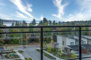 Photo 14: 504 2500 Hackett Cres in : CS Turgoose Condo for sale (Central Saanich)  : MLS®# 856409