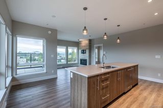 Photo 6: 504 2500 Hackett Cres in : CS Turgoose Condo for sale (Central Saanich)  : MLS®# 856409