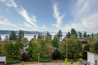 Photo 3: 504 2500 Hackett Cres in : CS Turgoose Condo for sale (Central Saanich)  : MLS®# 856409