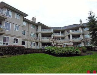 """Photo 8: 20120 56TH Ave in Langley: Langley City Condo for sale in """"BLACKBERRY LANE"""" : MLS®# F2626865"""