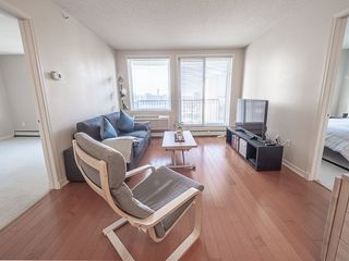 Photo 6: 1104 10180 104 Street in Edmonton: Zone 12 Condo for sale : MLS®# E4179370