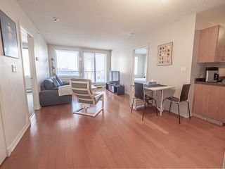 Photo 4: 1104 10180 104 Street in Edmonton: Zone 12 Condo for sale : MLS®# E4179370