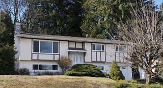 "Photo 1: 2974 SURF Crescent in Coquitlam: Ranch Park House for sale in ""RANCH PARK"" : MLS®# R2444205"