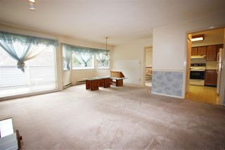 "Photo 9: 204 4885 53 Street in Delta: Hawthorne Condo for sale in ""Green Gables"" (Ladner)  : MLS®# R2466628"