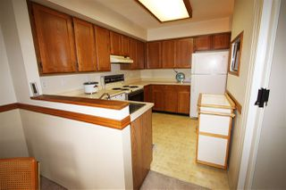 "Photo 3: 204 4885 53 Street in Delta: Hawthorne Condo for sale in ""Green Gables"" (Ladner)  : MLS®# R2466628"