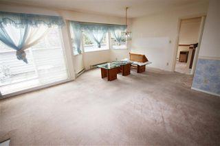 "Photo 5: 204 4885 53 Street in Delta: Hawthorne Condo for sale in ""Green Gables"" (Ladner)  : MLS®# R2466628"