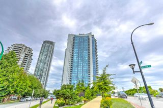 "Main Photo: 3009 4189 HALIFAX Street in Burnaby: Brentwood Park Condo for sale in ""Aviara"" (Burnaby North)  : MLS®# R2477926"