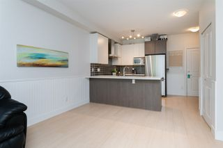 """Photo 6: 301 6480 195A Street in Surrey: Clayton Condo for sale in """"SALIX"""" (Cloverdale)  : MLS®# R2480232"""