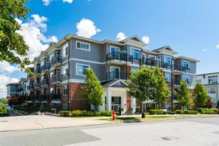 """Photo 1: 301 6480 195A Street in Surrey: Clayton Condo for sale in """"SALIX"""" (Cloverdale)  : MLS®# R2480232"""