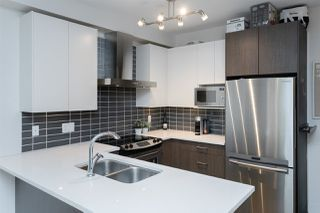 """Photo 4: 301 6480 195A Street in Surrey: Clayton Condo for sale in """"SALIX"""" (Cloverdale)  : MLS®# R2480232"""