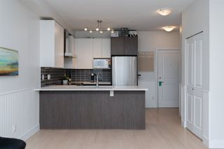 """Photo 3: 301 6480 195A Street in Surrey: Clayton Condo for sale in """"SALIX"""" (Cloverdale)  : MLS®# R2480232"""