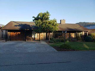 Photo 1: 2189 MCCAFFREY Road: Agassiz House for sale : MLS®# R2498062