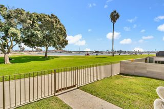 Photo 7: MISSION BEACH Condo for sale : 3 bedrooms : 3696 Bayside Walk #G (#1) in San Diego
