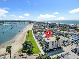 Photo 1: MISSION BEACH Condo for sale : 3 bedrooms : 3696 Bayside Walk #G (#1) in San Diego