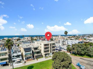 Photo 29: MISSION BEACH Condo for sale : 3 bedrooms : 3696 Bayside Walk #G (#1) in San Diego