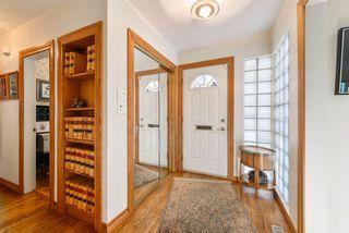 Photo 2: 9222 117 Street NW in Edmonton: Zone 15 House for sale : MLS®# E4216188