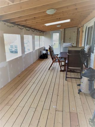 Photo 16: 8950 COLUMBIA Road in Prince George: Pineview Manufactured Home for sale (PG Rural South (Zone 78))  : MLS®# R2516403
