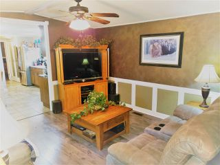 Photo 6: 8950 COLUMBIA Road in Prince George: Pineview Manufactured Home for sale (PG Rural South (Zone 78))  : MLS®# R2516403