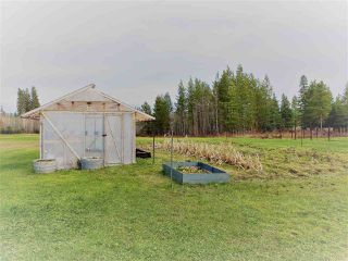Photo 12: 8950 COLUMBIA Road in Prince George: Pineview Manufactured Home for sale (PG Rural South (Zone 78))  : MLS®# R2516403