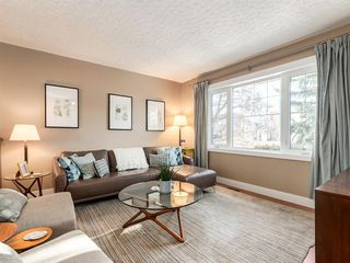 Photo 3: 3716 3 Avenue SW in Calgary: Spruce Cliff Detached for sale : MLS®# A1051246