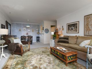 Photo 5: 202 1101 Hilda St in : Vi Fairfield West Condo for sale (Victoria)  : MLS®# 862695