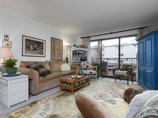 Photo 3: 202 1101 Hilda St in : Vi Fairfield West Condo for sale (Victoria)  : MLS®# 862695