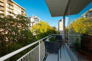"Photo 4: 501 1960 ROBSON Street in Vancouver: West End VW Condo for sale in ""Lagoon Terrace"" (Vancouver West)  : MLS®# R2528617"