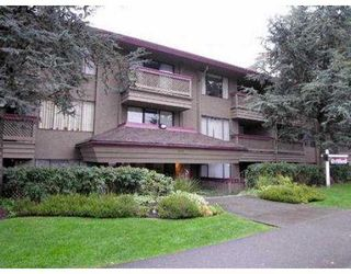 "Photo 2: 102 436 7TH ST in New Westminster: Uptown NW Condo for sale in ""Regency Court"" : MLS®# V564005"