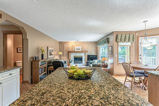 Photo 8: 386 MOUNTAIN PARK Drive SE in Calgary: McKenzie Lake Detached for sale : MLS®# C4265504