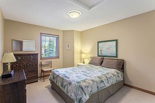 Photo 18: 386 MOUNTAIN PARK Drive SE in Calgary: McKenzie Lake Detached for sale : MLS®# C4265504