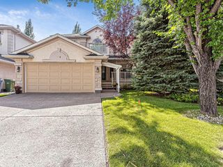 Photo 1: 386 MOUNTAIN PARK Drive SE in Calgary: McKenzie Lake Detached for sale : MLS®# C4265504