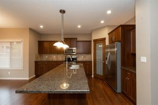 Photo 9: 1307 72 Street SW in Edmonton: Zone 53 House for sale : MLS®# E4176362