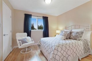 Photo 31: 10419 175 Avenue in Edmonton: Zone 27 House for sale : MLS®# E4187322