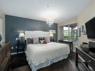 "Photo 14: 308 300 KLAHANIE Drive in Port Moody: Port Moody Centre Condo for sale in ""KLAHANIE - TIDES BLDG."" : MLS®# R2480822"