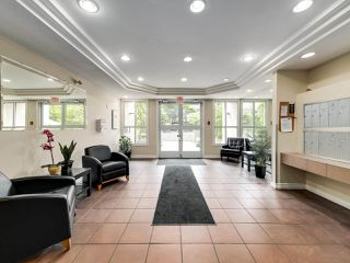 """Photo 21: 306 14993 101A Avenue in Surrey: Guildford Condo for sale in """"Cartier"""" (North Surrey)  : MLS®# R2495846"""