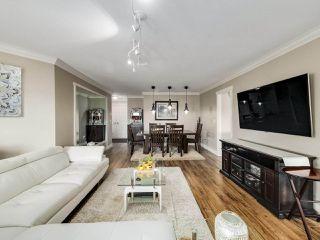 """Photo 5: 306 14993 101A Avenue in Surrey: Guildford Condo for sale in """"Cartier"""" (North Surrey)  : MLS®# R2495846"""