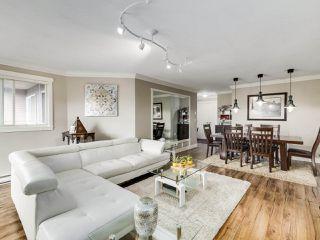 """Photo 4: 306 14993 101A Avenue in Surrey: Guildford Condo for sale in """"Cartier"""" (North Surrey)  : MLS®# R2495846"""