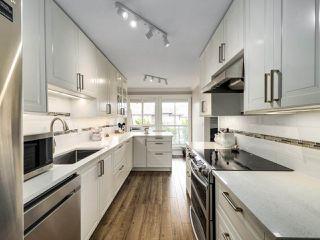 """Photo 8: 306 14993 101A Avenue in Surrey: Guildford Condo for sale in """"Cartier"""" (North Surrey)  : MLS®# R2495846"""
