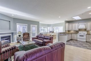 Photo 5: 5938 Blairway Pl in : Na Uplands Row/Townhouse for sale (Nanaimo)  : MLS®# 861240